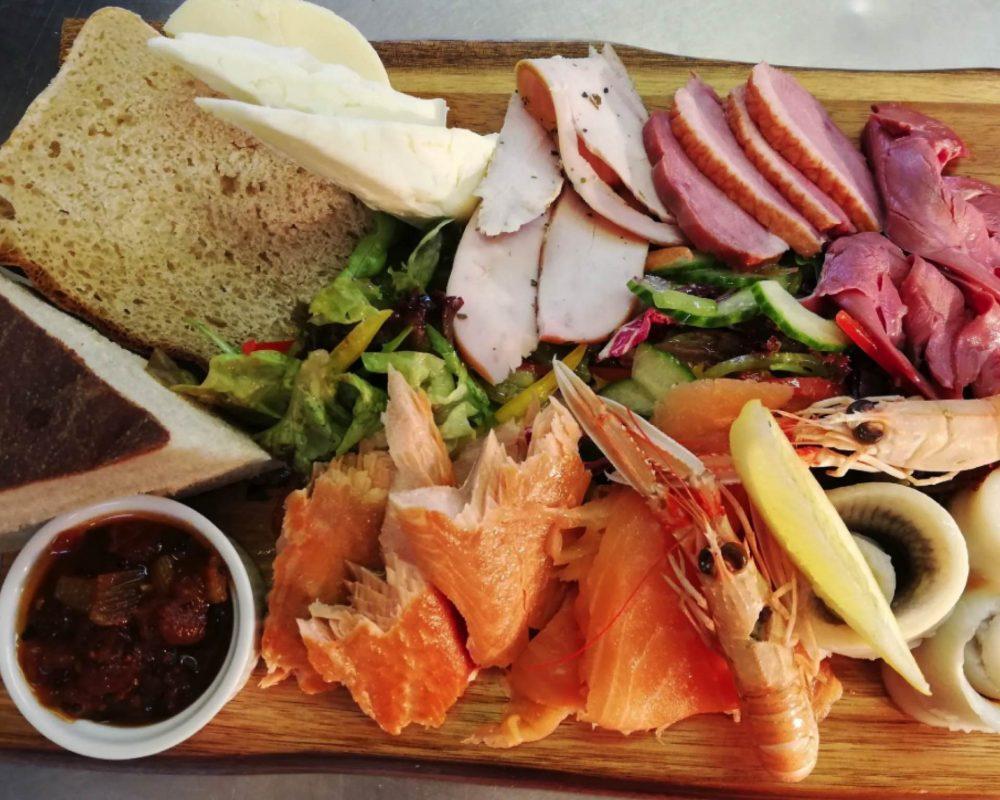 Eat well at Westford Inn